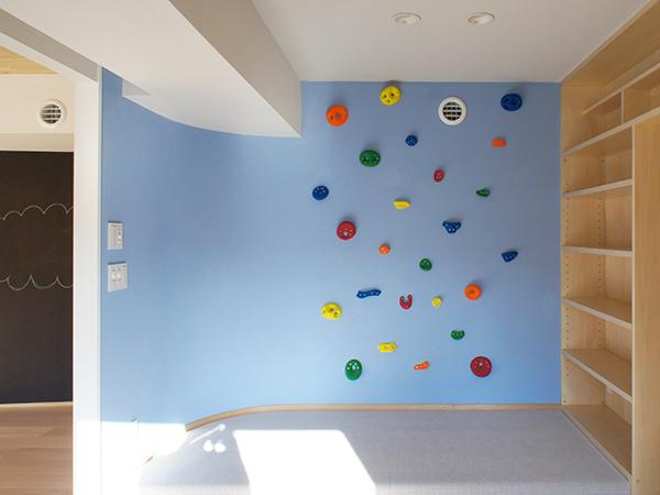 キッズスペースの壁